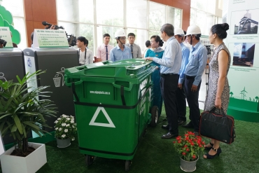 SAMCO giới thiệu xe thu gom rác loại nhỏ
