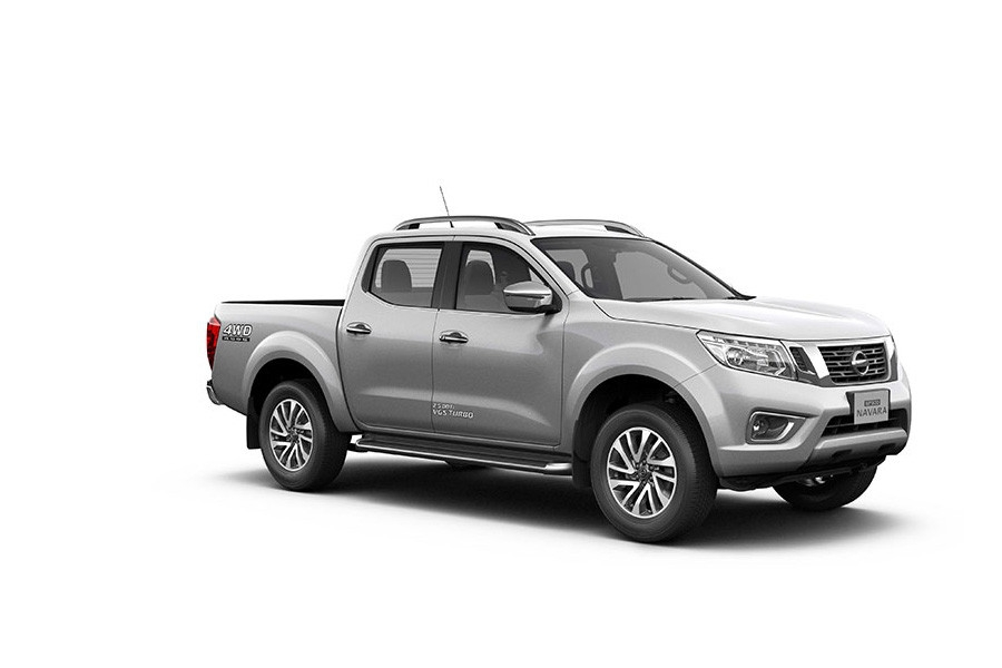 NAVARA brilliant siliver 36